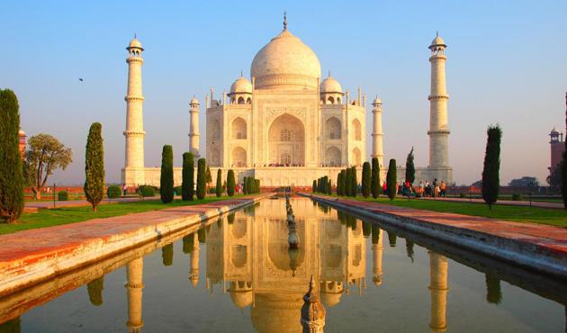 Tac Mahal'in Hindu ibadetine açılması için mahkeme başladı