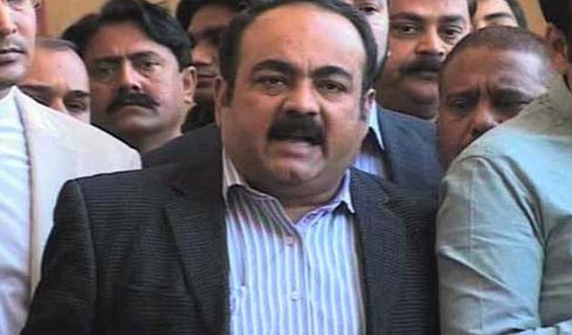 Pakistan'da muhalefet milletvekiline silahlı saldırı