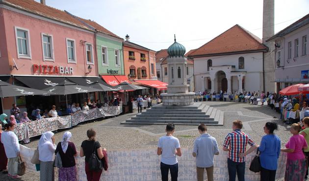 Srebrenitsalı anneler Arakanlılar için yürüdü