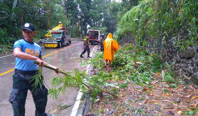 Tropik fırtına Maring, Filipinler'i etkisi altına aldı