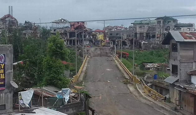 Filipin askeri, Marawi'ye girişi sağlayan köprüyü geri aldı