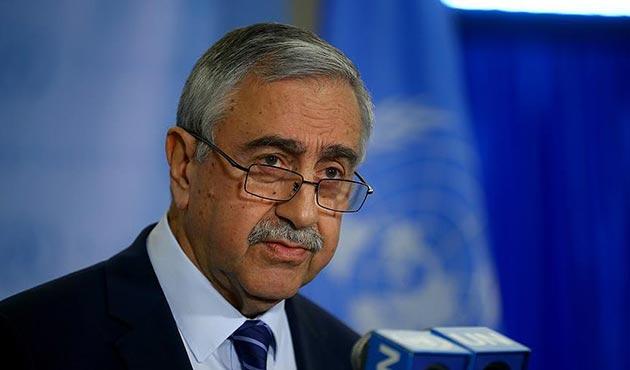 Akıncı, Kıbrıs Konferansı'nda harita önerisini geri çekti