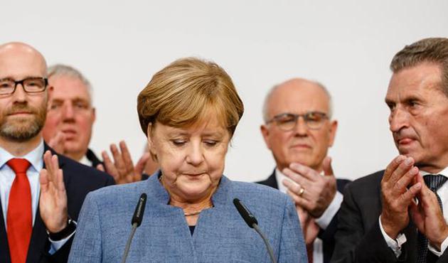 Merkel'den koalisyon açıklaması