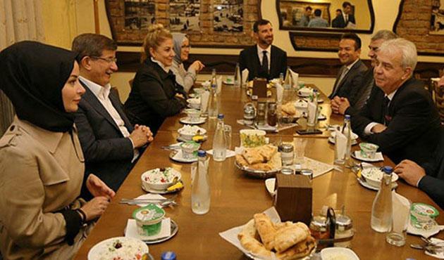Davutoğlu'ndan Makedonya ziyareti