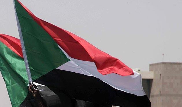 Sudan ordusunda askeri komuta sil baştan