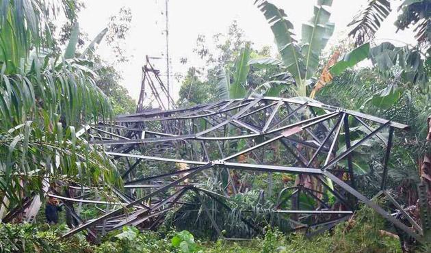 Filipinler'de güç iletim kulesine bombalı saldırı
