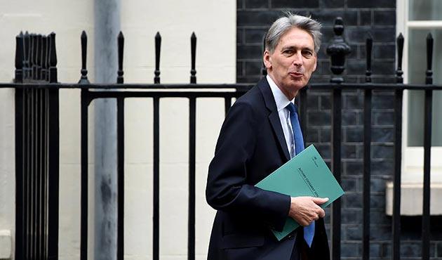 Birleşik Krallık Maliye Bakanı, AB'yi 'düşman' olarak tanımladı