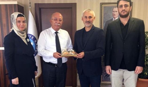 Türk Eğitim-Sen'den İHH'nın yetim projesine destek