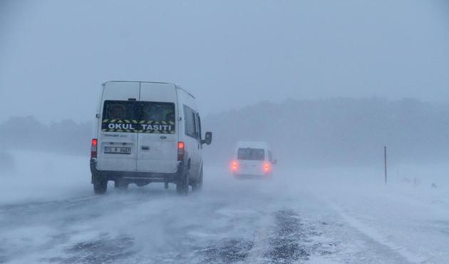Ardahan-Posof yolu ulaşıma kapandı