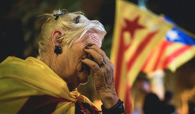 İspanya Katalonya'nın bağımsızlık ilanını iptal etti