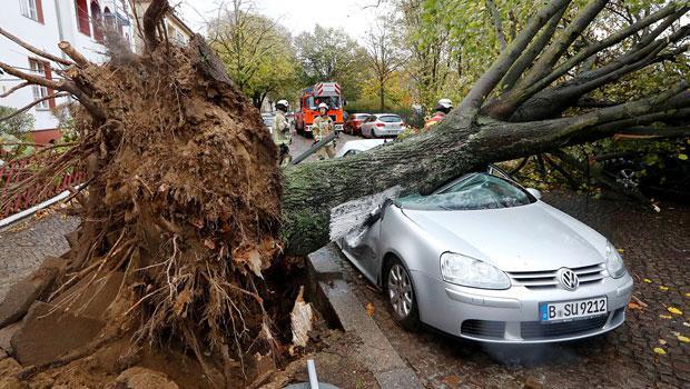 Avrupa'nın doğusu 'Herwart' fırtınasının etkisinde