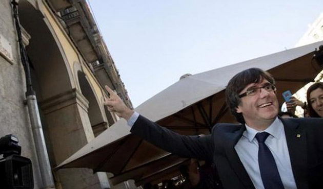 Katalan lider Brüksel'e kaçtı