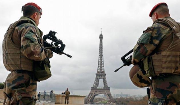 Fransa'da yılbaşı alarmı