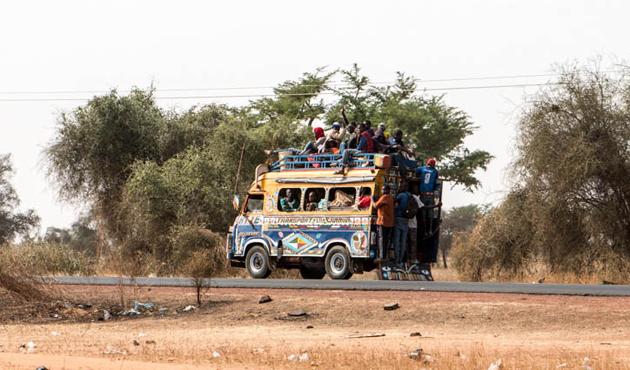 Senegal'de trafik kazası: 25 ölü