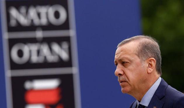NATO tatbikatında Erdoğan'ı düşman gösteren subay ordudan atıldı