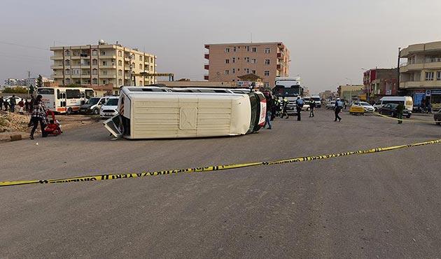 Şanlıurfa'da öğrenci servisi ile tır çarpıştı: 14 yaralı