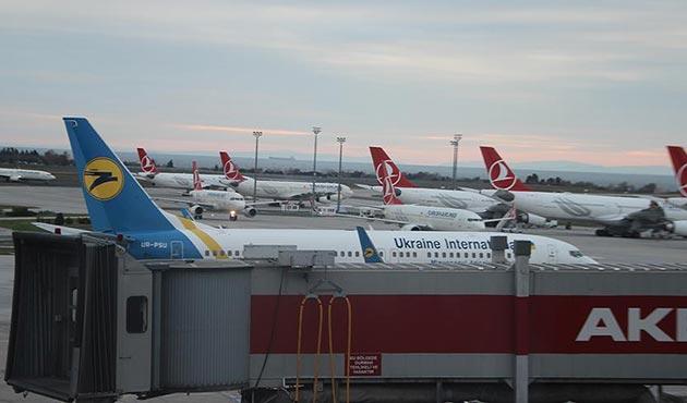Atatürk Havalimanı'nda Ukrayna uçakları için bomba ihbarı