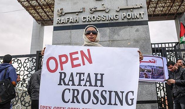 Gazze'de Refah'ın sürekli açık kalması talebiyle gösteri