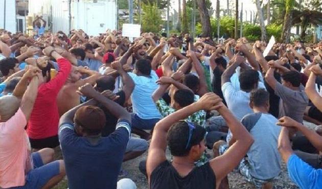 Manus Adası'ndaki mülteci gözaltı merkezine operasyon