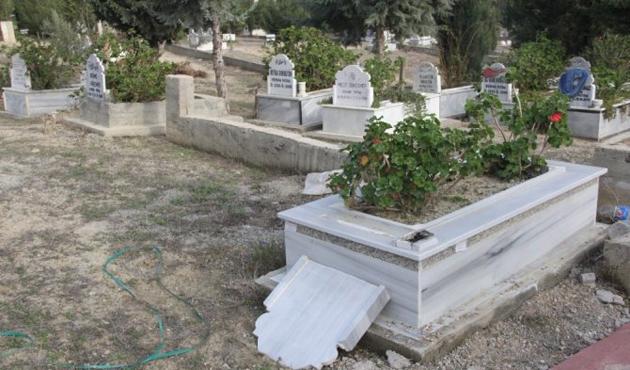 Adana'da bazı mezarlar tahrip edildi