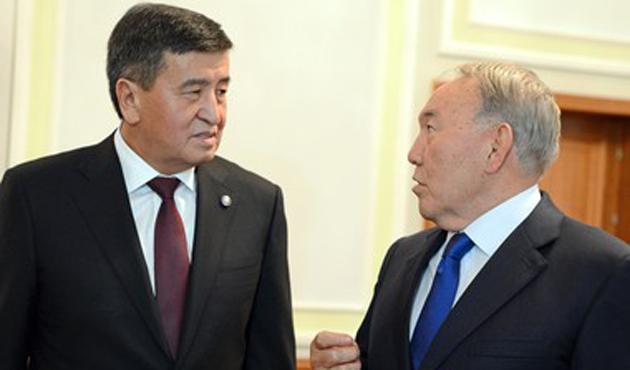 Nazarbayev ve Ceenbekov Minsk'te görüştüler