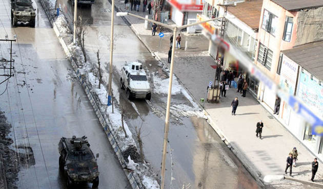 Hakkari'de gösteri ve yürüyüşler bir ay yasaklandı