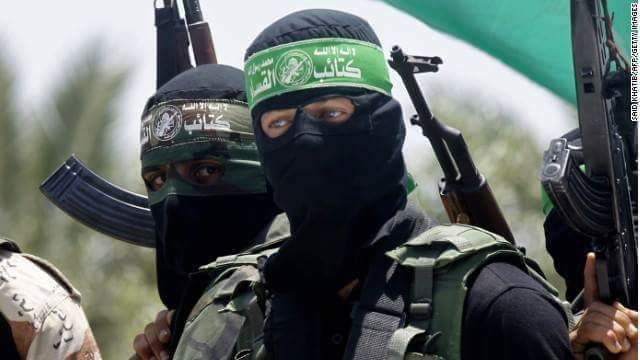 İsrail, Hamas'ın Gazze'deki silah depolarını vurdu