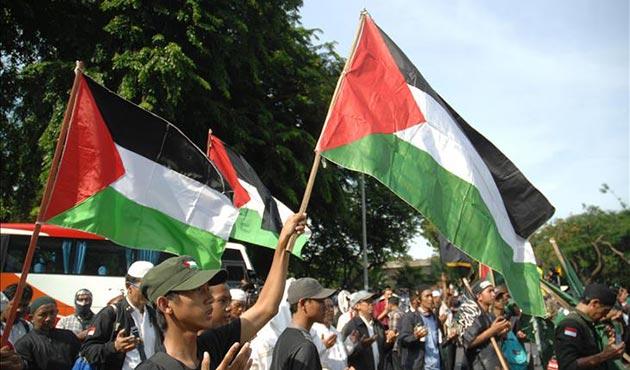 Endonezya'da Trump'ın Kudüs kararına protesto