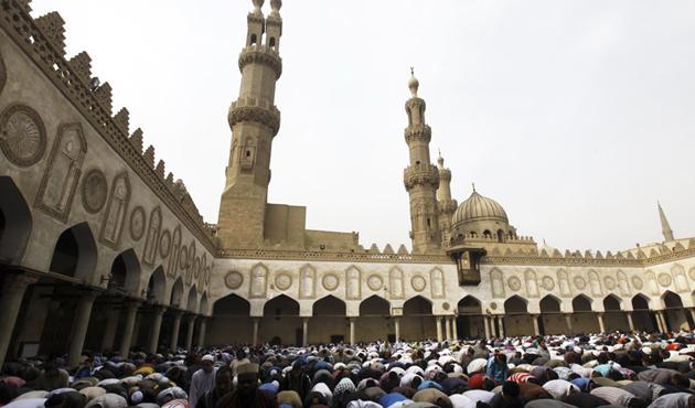 Mısır'da cuma hutbelerinin konusu 'Kudüs'