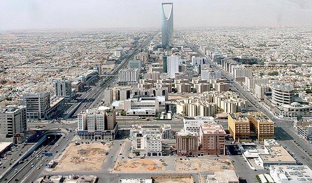 Katar'a abluka uygulayan ülkeler Suudi Arabistan'da toplandı