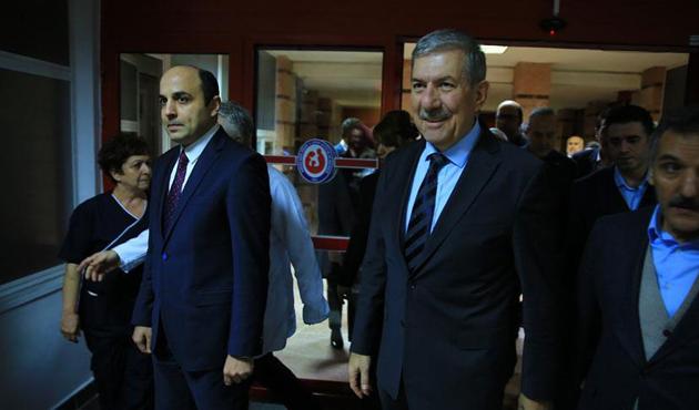 Sağlık Bakanı Demircan'dan hastane ziyareti