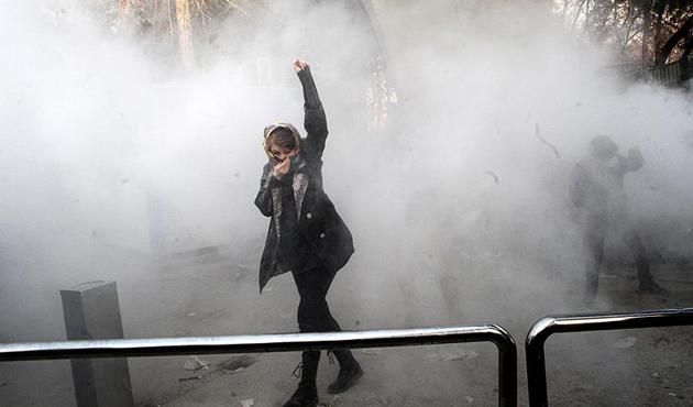 İran'daki protestolar için '3 gün' uyarısı