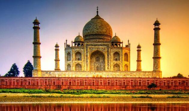 Tac Mahal ziyaretlerine düzenleme