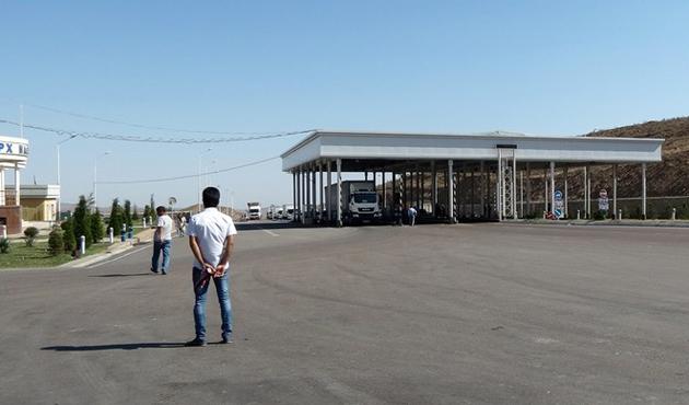 Özbekistan'da yol devriyeleri azaltıldı