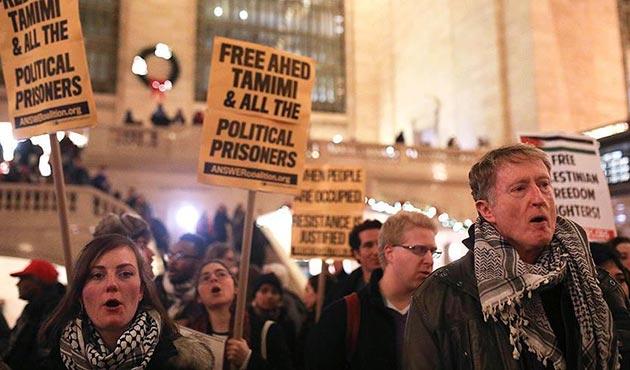 New York'ta Filistinli Ahed et-Temimi'ye destek gösterisi