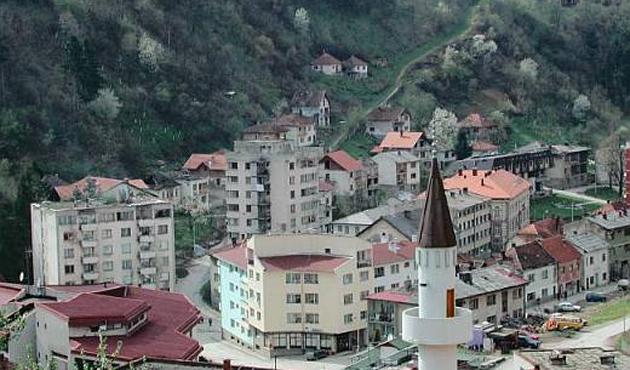 Bosnalı Sırplar anayasaya aykırı 'Sırp Cumhuriyeti Günü'nü kutladı
