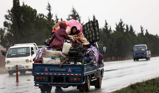 Esed rejimi İdlib'de 10 sivili öldürdü
