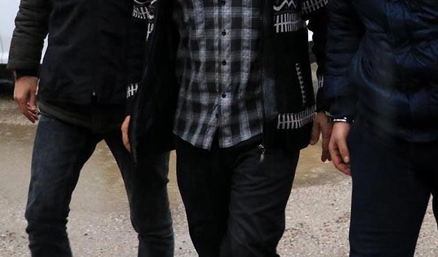 Kırmızı bültenle aranan DEAŞ'lı Kocaeli'de yakalandı
