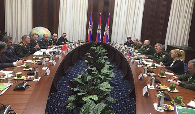 Genelkurmay Başkanı Hulusi Akar, Rus mevkidaşı ile görüştü