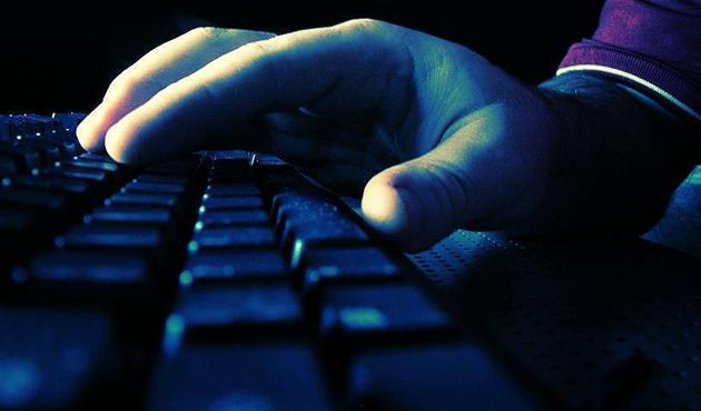 Sosyal medyada terör propagandası yapan 24 kişiye gözaltı