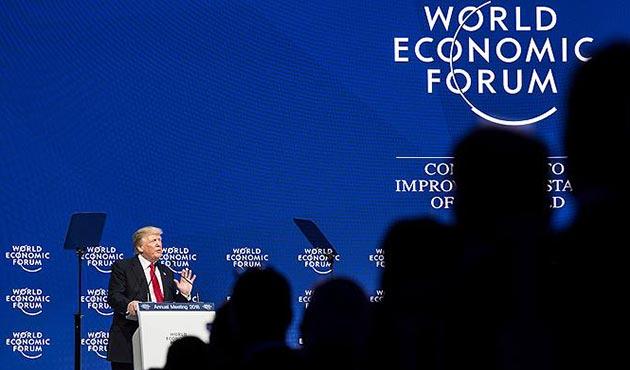 Trump'a Davos'ta soğuk duş...  Konuşurken yuhalandı