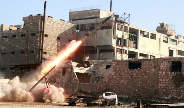 Suriye PYD/PKK'yı ABD de Esad güçlerini vurdu