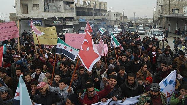 DEAŞ'tan kurtarılan Bab'da Esad karşıtı gösteri