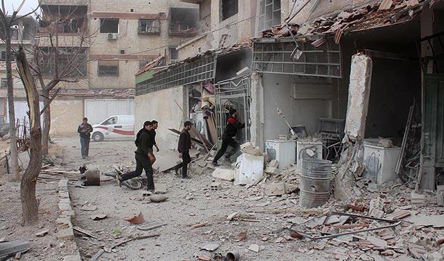 Esad rejimi Doğu Guta'yı harabeye çevirdi