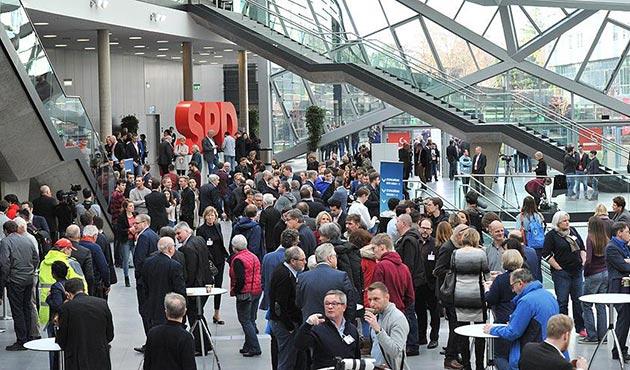 Almanya'da SPD üyeleri koalisyon oylamasına başladı