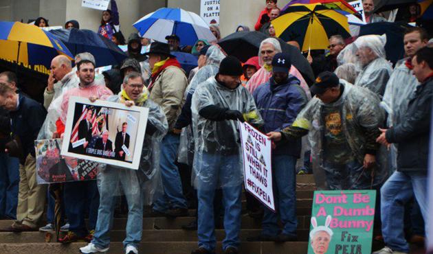 ABD'de öğretmenlerin grevi devam ediyor