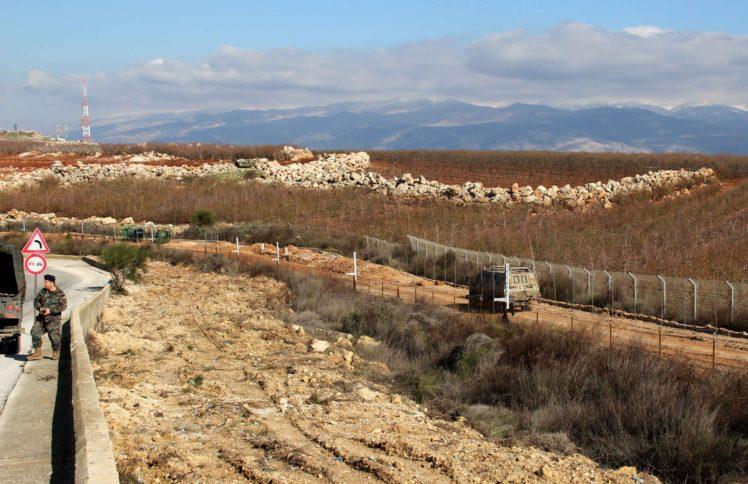 İsrail uçakları Gazze'nin arazilerine kimyasal püskürttü