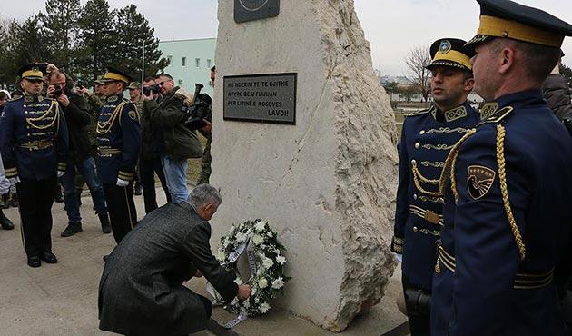 Kosova'da 'Prekaz Katliamı' kurbanları anıldı