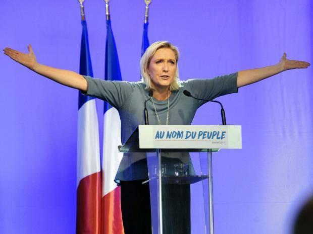 Fransa'da aşırı sağ Ulusal Cephe'nin lideri değişmedi