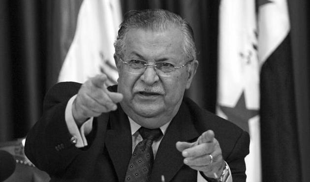 Kerkük'te izinsiz dikilen Talabani'nin heykeli kaldırıldı